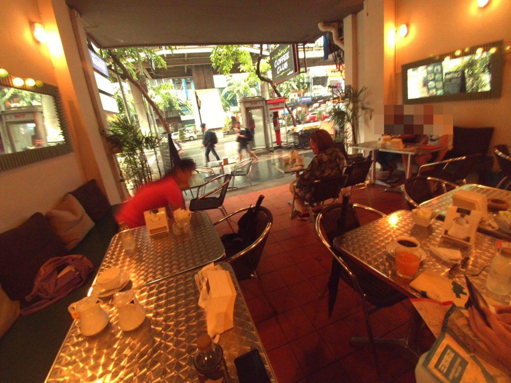 朝ごはんカフェ店内