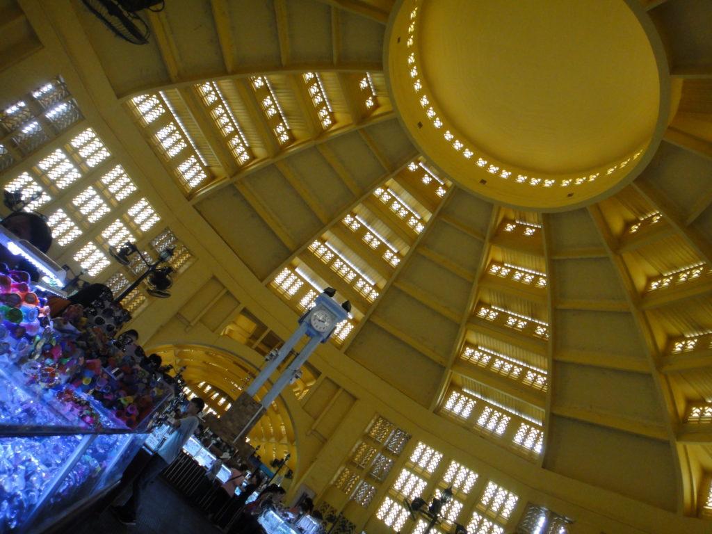 セントラルマーケットドーム内部