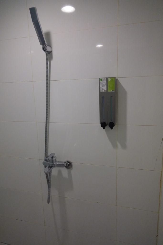 ECFAホテル部屋シャワー