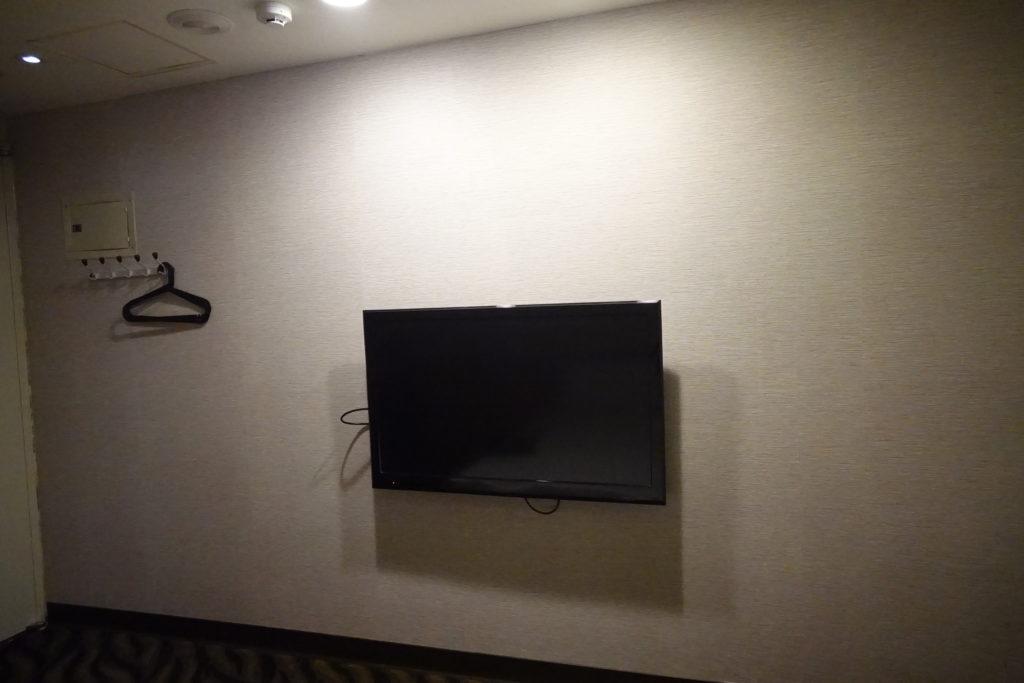 ECFAホテル部屋テレビ